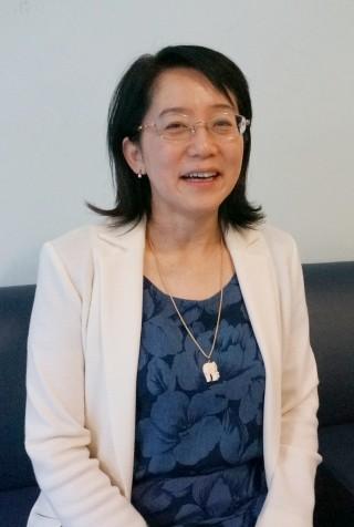 다카하시 마사요 RIKEN 프로젝트 리더는 내년 가능한한 많은 환자들에게 줄기세포로 만든 색소상피세포를 이식할 것이라 밝혔다. - 이우상 기자 idol@donga.com 제공